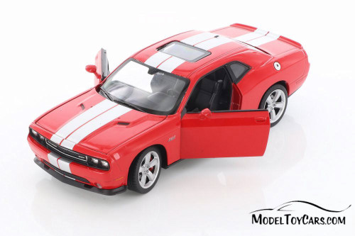 2013 Dodge Challenger SRT, Red - Welly 24049/4D - 1/24 scale Diecast Model Toy Car