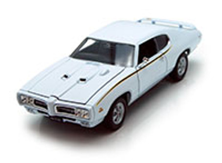 1969 Pontiac GTO, White - Welly 22501 - 1/24 scale Diecast Model Toy Car