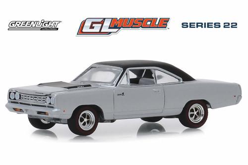 1968 Plymouth Road Runner Hemi Hardtop, Buffet Silver - Greenlight 13250B/48 - 1/64 scale Diecast Model Toy Car