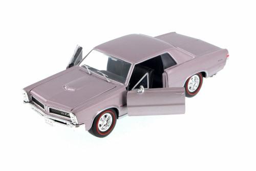 1965 Pontiac GTO, Purple Mist - Welly 22092WPR - 1/24 Scale Diecast Model Toy Car