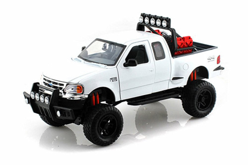 2001 Ford F-150 XLT Flareside Supercab, White - Motormax 79132WT - 1/24 scale Diecast Model Toy Car