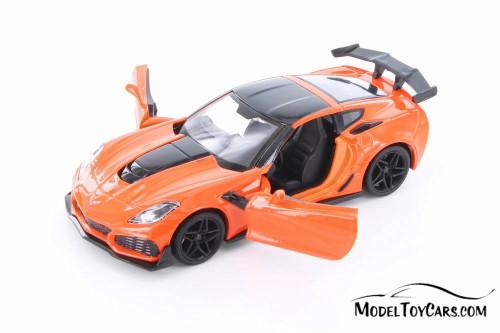 2019 Chevy Corvette ZR1 HardTop, Orange - Showcasts 79356OR - 1/24 Scale Diecast Model Toy Car