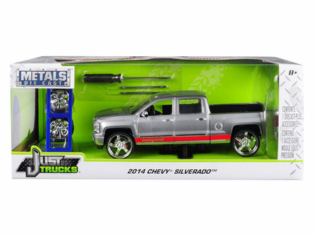2014 Chevy Silverado, Sliver - Jada 31060-MJ - 1/24 Scale Diecast Model Toy Car