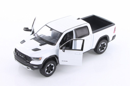 2019 Dodge Ram 1500 Crew Cab Rebel Pickup Truck, White - Showcasts 79358/16D - 1/24 scale Diecast Model Toy Car