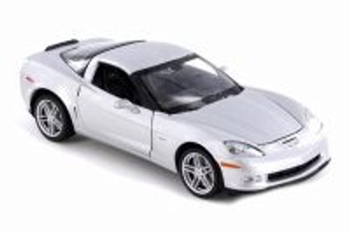 2007 Chevy Corvette Z06 Hard Top, Silver - Welly 22504WSV - 1/24 scale Diecast Model Toy Car