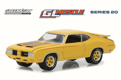 1970 Oldsmobile Cutlass Rallye 350 Hard Top, Sebring Yellow - Greenlight 13210C/48 - 1/64 Scale Diecast Model Toy Car