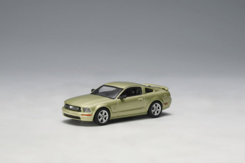 2005 Ford Mustang GT, Lime Green - Auto Art 20301 - 1/64 Scale Diecast Model Toy Car