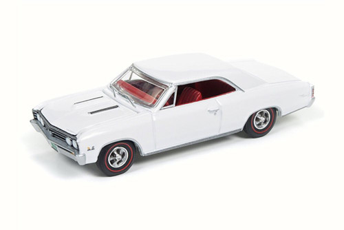 1967 Chevy Chevelle SS, Gloss White - Auto World AW64132/24B - 1/64 Scale Diecast Model Toy Car