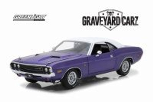1970 Dodge Challenger R/T, Graveyard Carz - Greenlight 44820/48 - 1/64 scale Diecast Model Toy Car