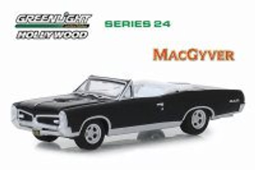 1967 Pontiac GTO Convertible, MacGyver - Greenlight 44840F/48 - 1/64 scale Diecast Model Toy Car