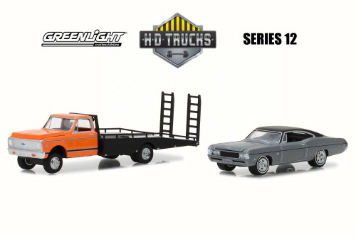 1972 Chevy C-30 Ramp Truck w/ 1968 Impala SS, Black w/ Yellow - Greenlight 33120A/48 - 1/64 Scale Diecast Model Toy Car
