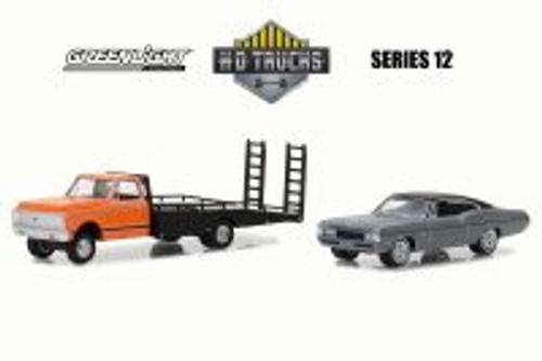 1972 Chevy C-30 Ramp Truck w/ 1968 Impala SS, Black w/ Yellow - Greenlight 33120A/48 - 1/64 Scale Diecast Model Toy Car