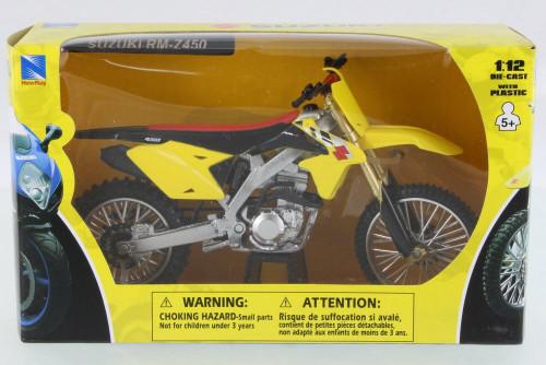 Suzuki RM-Z450 Dirtbike, Yellow w/ Black - New Ray 57643 - 1/12 Scale Vehicle Replica