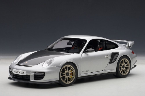 Porsche 911 (997) GT2 RS, Silver w/ Black - AutoArt 77961 - 1/18 Scale Resin Model Toy Car