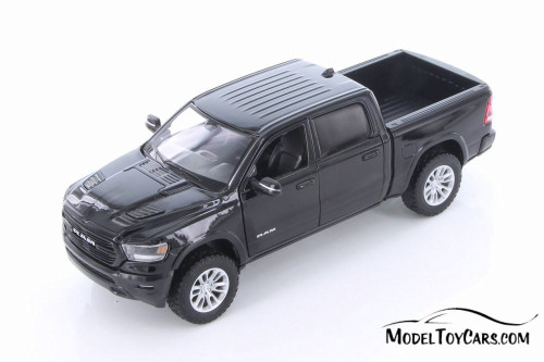 2019 Dodge Ram 1500 Crew Cab Laramie Pickup Truck, Black - Showcasts 79357/16D - 1/24 scale Diecast Model Toy Car