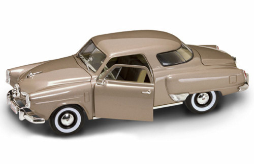 1950 Studebaker Champion, Tan - Yatming 92478 - 1/18 Scale Diecast Model Toy Car