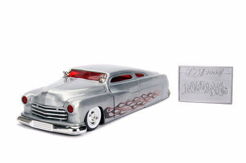 1951 Mercury HardTop with Diecast Mosaic Tile, 20th Anniversary - Jada 31080 - 1/24 scale Diecast Model Toy Car