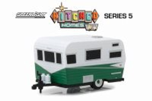 1958 Siesta Travel Trailer, Green with white - Greenlight 34050A/48 - 1/64 scale Diecast Model Toy Car