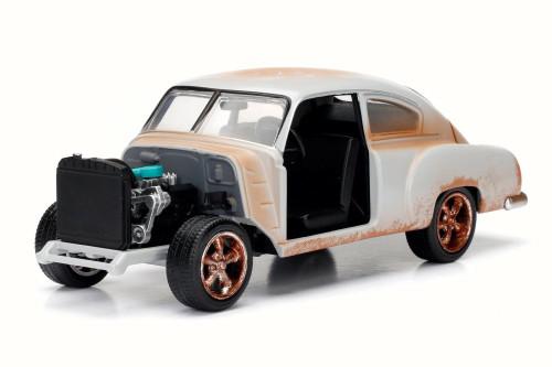 Dom's Chevy Fleetline F8 Fate of Furious, Primer Grey - Jada 98294 - 1/24 Scale Diecast Model Toy Car
