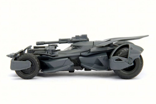 2017 Batmobile, Justice League - Jada 99230 - 1/32 Scale Diecast Batman Model