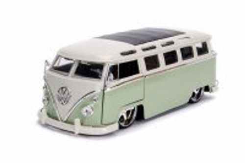 1962 Volkswagen Bus, Green with White - Jada 99025 - 1/24 scale Diecast Model Toy Car