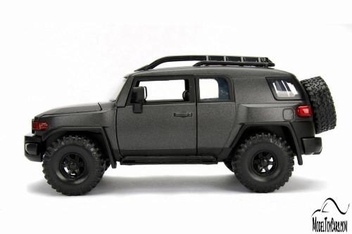 Toyota FJ Cruiser, Black - Jada 31708DP1 - 1/24 scale Diecast Model Toy Car
