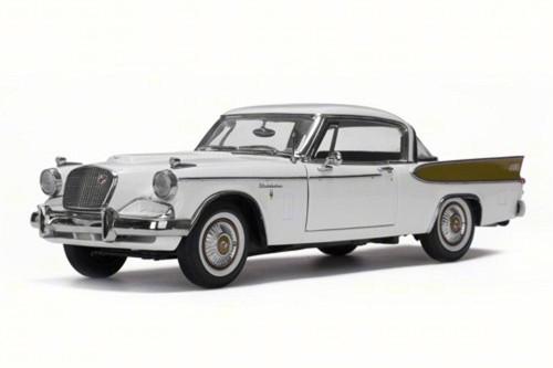 1957 Studebaker Golden Hawk, Arctic White - Sun Star 6152 - 1/18 Scale Diecast Model Toy Car