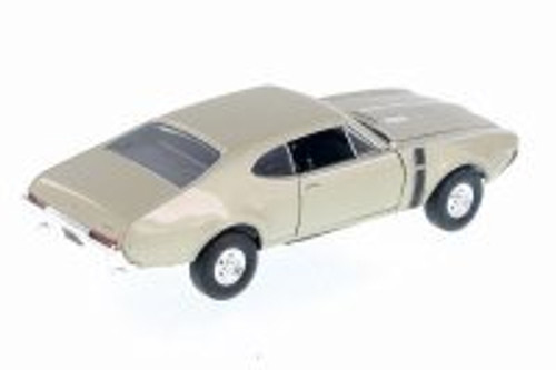 1968 Oldsmobile 442 Hard Top, Gold - Welly 24024 - 1/24 Scale Diecast Model Toy Car