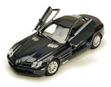 Mercedes Benz SLR McLaren, Black - Motormax 73306 - 1/24 scale Diecast Model Toy Car
