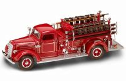 1938 Mack Type 75 Fire Engine, Red - Road Signature 20158 - 1/24 Scale Diecast Model Toy Car