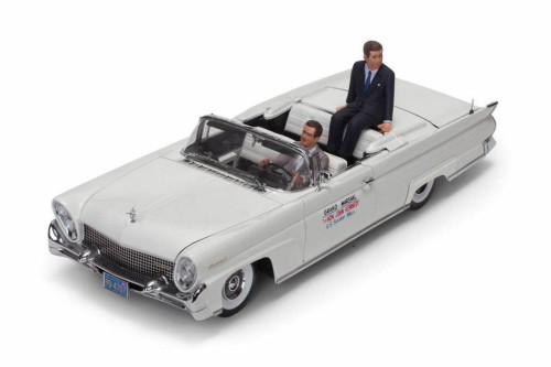 1958 Lincoln Continental MKIII Open Convertible with John F. Kennedy and Driver Figures, White - Sun Star 4707 - 1/18 scale Diecast Model Toy Car