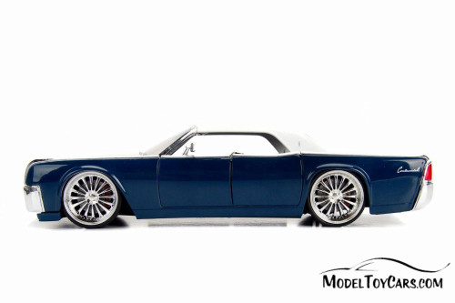 1963 Lincoln Continental, Blue and white - Jada 99555DP1 - 1/24 Scale Diecast Model Toy Car