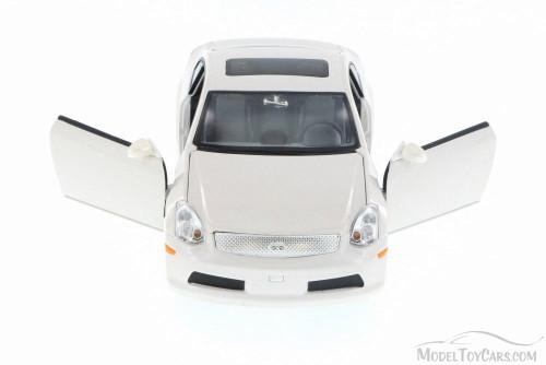 Infiniti G35, White - Jada 90290JY - 1/24 Scale Diecast Model Toy Car