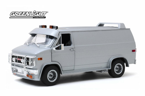 1983 GMC Vandura Custom, Silver Metallic - Greenlight 13568 - 1/18 scale Diecast Model Toy Car