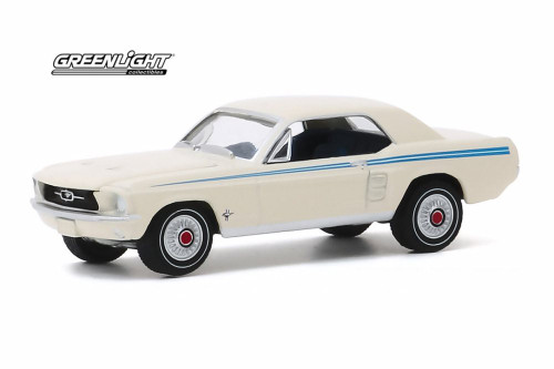1967 Ford Mustang Indy Pacesetter Special, Wimbledon White - Greenlight 30161/48 - 1/64 scale Diecast Model Toy Car