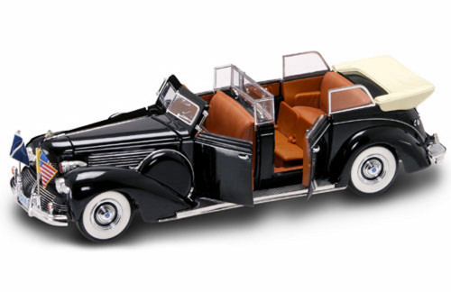 1939 Ford Lincoln Sunshine Special Convertible Limousine w/ Flags - Road Signature 24088 - 1/24 Scale Diecast Model Car