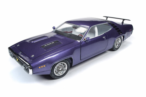 1971 Plymouth Road Runner Hardtop, Violet - Auto World AMM1182 - 1/18 scale Diecast Model Toy Car