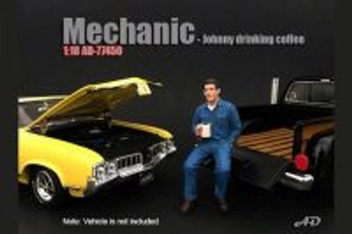 Mechanic Johnny Drinking Coffee, American Diorama 77450 - 1/18 Scale Accessory for Diecast Cars