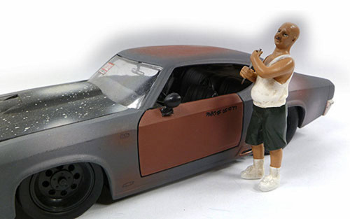 Auto Theft I Figure, White/ Green - American Diorama Figurine 23816 - 1/24 scale