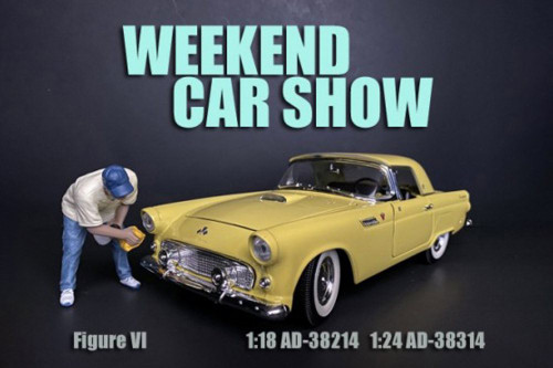 Weekend Car Show Figure VI, Blue and Cream - American Diorama 38314 - 1/24 scale Figurine - Diorama Accessory