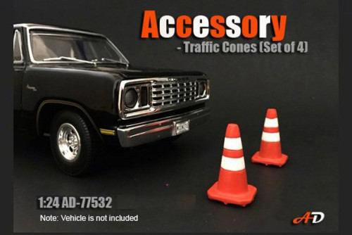 Traffic Cones, American Diorama 77532 - 1/24 Scale Accessory for Diecast Cars