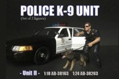 Police Officer K9 Dog Unit II, Black - American Diorama 38264 - 1/24 Scale Figurine - Diorama Accessory
