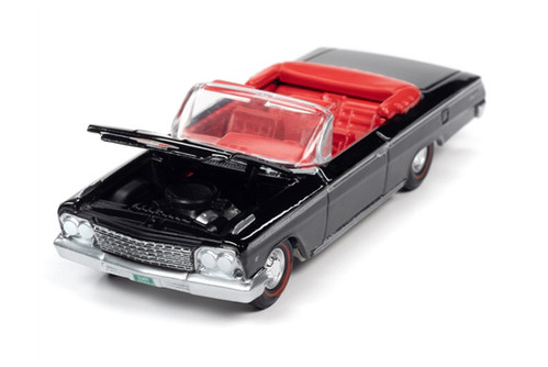 1962 Chevy Impala SS 409 Convertible, Gloss Black - Auto World AWSP045/24B - 1/64 scale Diecast Model Toy Car