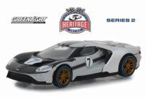 2017 Ford GT, Silver with Black - Greenlight 13220B/48 - 1/64 scale Diecast Model Toy Car