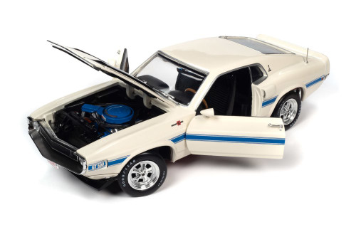 1970 Shelby GT-500 Class of '70 50th Anniversary, Wimbledon White - Auto World AMM1229 - 1/18 scale Diecast Model Toy Car