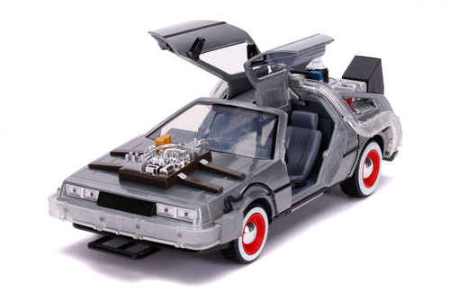 DeLorean Time Machine with Lights, Back to the Future III - Jada Toys 32166 - 1/24 scale Diecast Model Toy Car