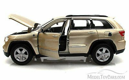 Jeep Grand Cherokee Laredo SUV, Gold - Maisto 34205 - 1/24 Scale Diecast Model Toy Car (Brand New, but NOT IN BOX)