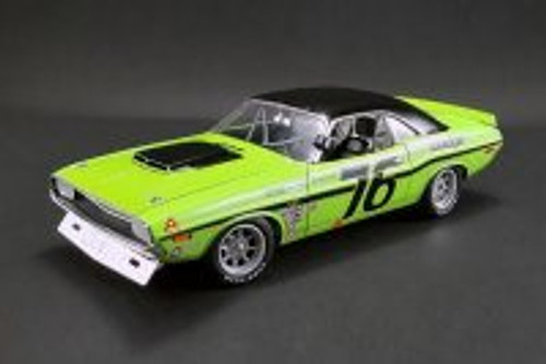 1970 Dodge Challenger Trans Am, Sam Posey #76 - Acme 1806009 - 1/18 Scale Diecast Model Toy Car