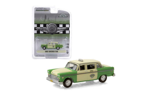 Chicago, Illinois 1982 Checker Taxi, Yellow /Green - Greenlight 30208/48 - 1/64 scale Diecast Model Toy Car