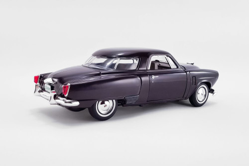1951 Studebaker Champion, Burgundy (Black Cherry) - Acme A1809201 - 1/18 scale Diecast Model Toy Car